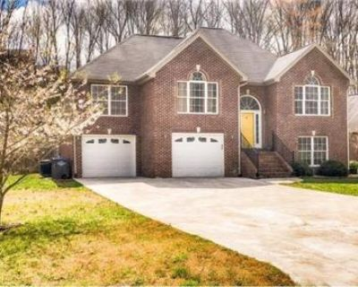 Absolutely Stunning Home For Rent Fairburn