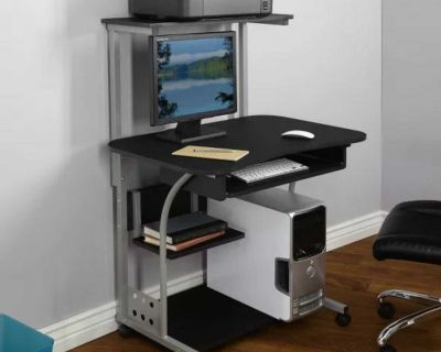 Mobile Computer Tower with Shelf