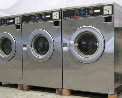 For Sale: Speed Queen 40 Lbs Front Load Washer