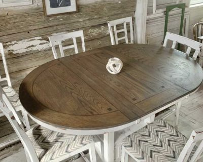 Tall kitchen table and 6 chairs
