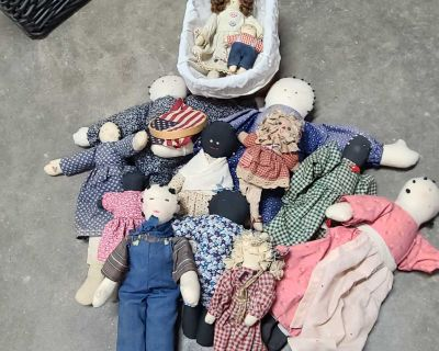Old collectible dolls