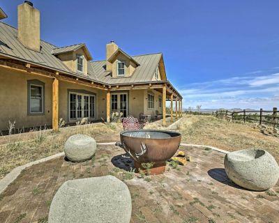 Epic Mountain Estate w/Views - South of Santa Fe! - Santa Fe County