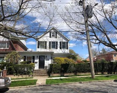 (REG) Lovely Whitestone Colonial with Professional Office Space