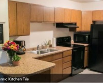 825 Wisconsin St, Oshkosh, WI 54901 4 Bedroom Apartment