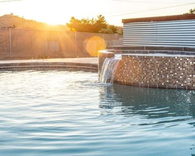 Desert Gold - 4BR Joshua Tree Pool House in Yucca - Yucca Valley
