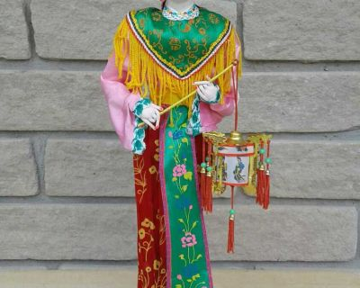 STUNNING AUTHENTIC DOLL STANDS 16 INCHES HIGH