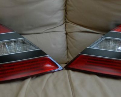 W221 Mercedes Benz S550 S600 S63 S65 Tail Lights Pair Tail Lamps 2007-2009 Oem