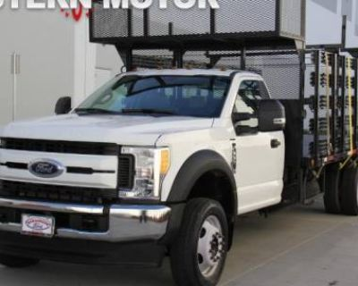 2018 Ford Super Duty F-550 Chassis Cab XL