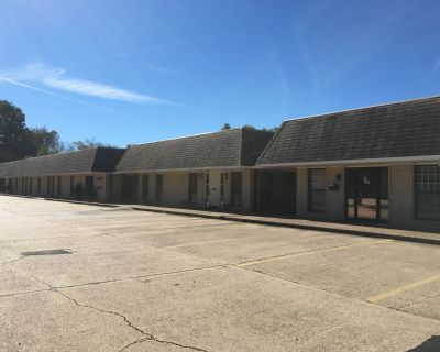 1945 E. 70th St., Suites For Lease