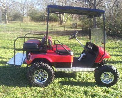 Liifted Georgia bulldog/falcons golf cart w/system