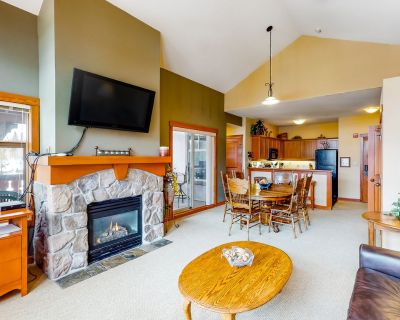 Lovely mountain view condo with shared hot tub, pool & more - walk to lifts! - Salt Lake Mountain Resorts
