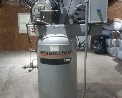 Ingersoll Rand 3 Phase Air Compressor