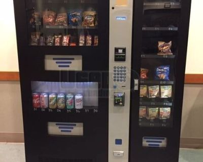 2013 Seaga HYC950 Healthy You Combo Snack and Drink Vending Machine with Entree
