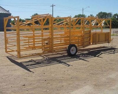 2020 For-Most Livestock Equipment Manuel Double Alley