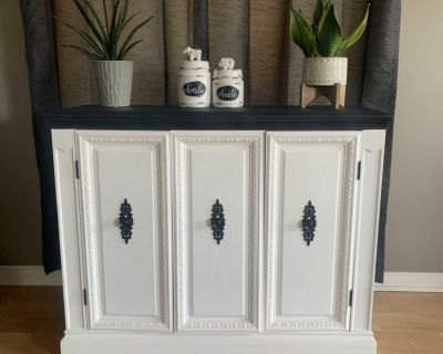 Side Table/ Hutch