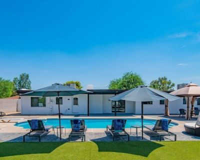 NEW LISTING! Luxurious 4 Bedroom with Resort-Like Pool Area & Many Outdoor Activities! - Rancho Saguaro