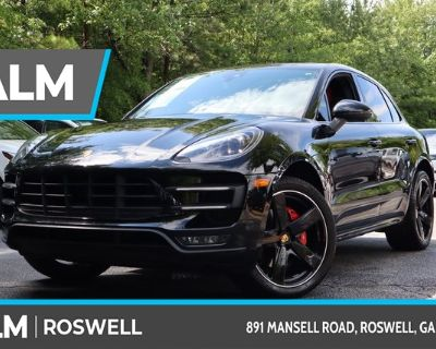 Pre-Owned 2018 Porsche Macan Turbo With Navigation & AWD