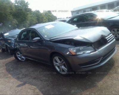 Salvage Gray 2014 Volkswagen Passat