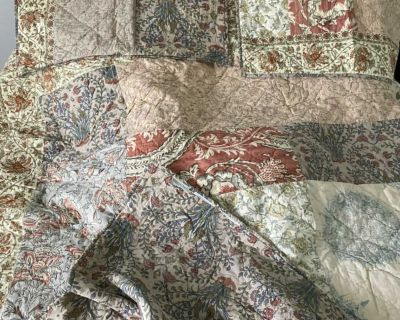 King size Pottery Barn quilt and Euro Shams