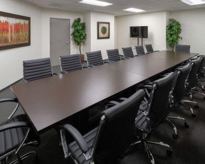 Spacious Boardroom - Clean & Comfortable, Arlington, VA
