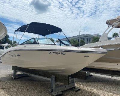 2019 Sea Ray 210SPX