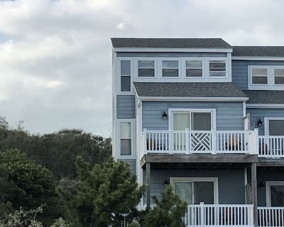 Completely Renovated * Directly across from Beach Access * Amazing Views - Emerald Isle