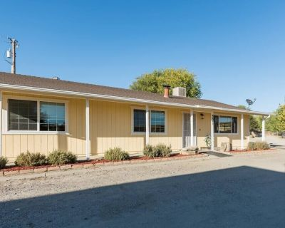 Oak Pass Ranch - 3BR/2BA Pet Friendly ranch with plenty of space to roam, firepit/BBQ. - Paso Robles