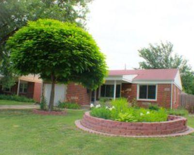 1750 S Fabrique Dr, Wichita, KS 67218 2 Bedroom House