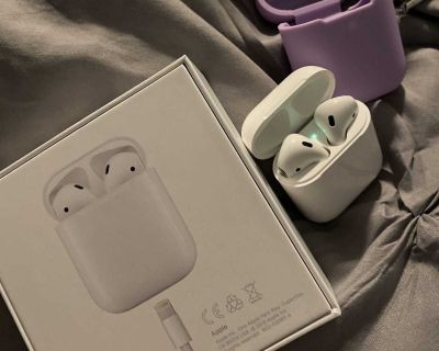 Barely used Apple AirPods with self charging case