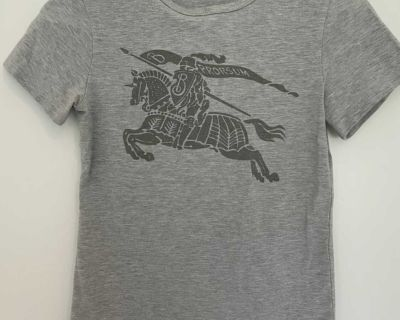 Burberry T-shirt size S