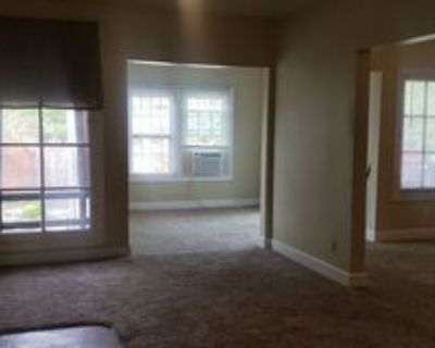 215 E 36th St #4, Indianapolis, IN 46205 1 Bedroom Apartment