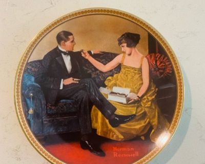 Collectible - Norman Rockwell Flirting in the Parlor Vintage Plate