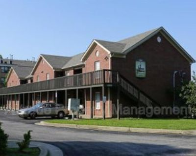 10002 Snively Ave, Jeffersontown, KY 40299 3 Bedroom Condo