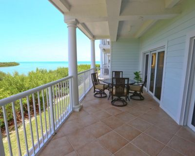 3 Bedroom 2 Bath Ocean view Condo with Full Kitchen, Covered Parking - Stock Island
