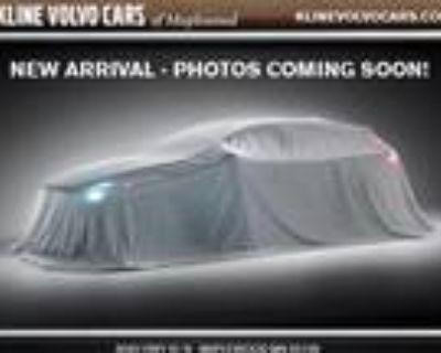 2021 Volvo V60 White, new