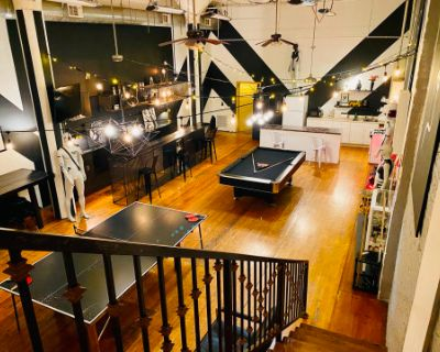 Beautiful Huge LA Artist Loft, Los Angeles, CA