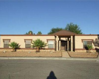 11685 Rojas Dr, El Paso, TX 79936 5 Bedroom Apartment