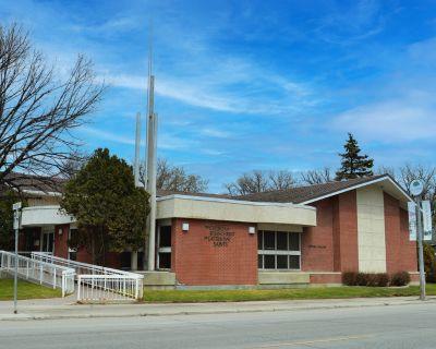 505 Academy Road
