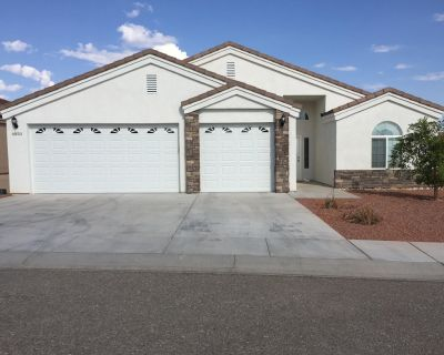 SUMMER FUN VIEW HOME NEAR COLORADO RIVER - Fort Mohave