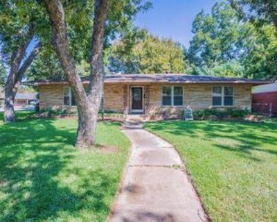 1609 Marshalldale Dr, Arlington, TX 76013 3 Bedroom Apartment