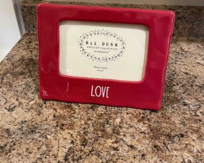 Rae Dunn 4x7 Red Love picture frame