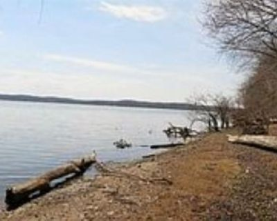 5.212 Acres on Lake Barkley (WATERFRONT)