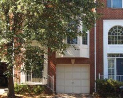 11483 Carriage Gate Ct, Fairfax, VA 22030 3 Bedroom Apartment