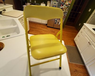 CHILD SIZE Folding Padded CHAIR Yellow for TODDLER Ages 3+ for ART DESK VANITY or ANY OTHER USE....