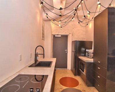 Wonder Honesdale- Loft B2-3 bedroom -2 baths sleeps 6 - Honesdale