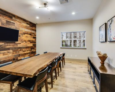 Warm and Inviting Conference Room with Wifi, Smart TV, and Seating for 8, Lansdowne, VA