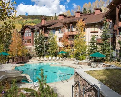 Wanderlust Suite - Elegantly Decorated Condo Near Lifts at Solitude - Solitude