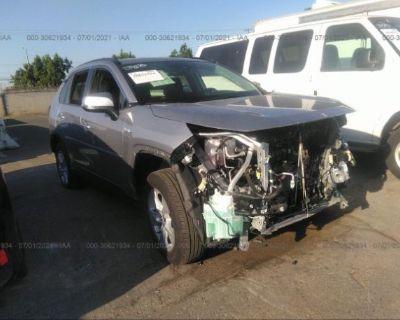 Salvage Silver 2020 Toyota Rav4