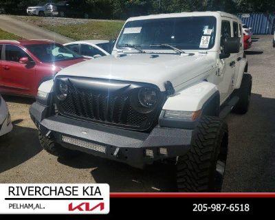 Pre-Owned 2019 Jeep Wrangler Unlimited Unlimited Sahara 4WD Convertible