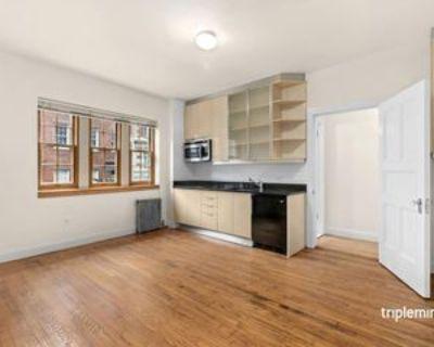 108 Waverly Pl #2, New York, NY 10011 1 Bedroom Condo